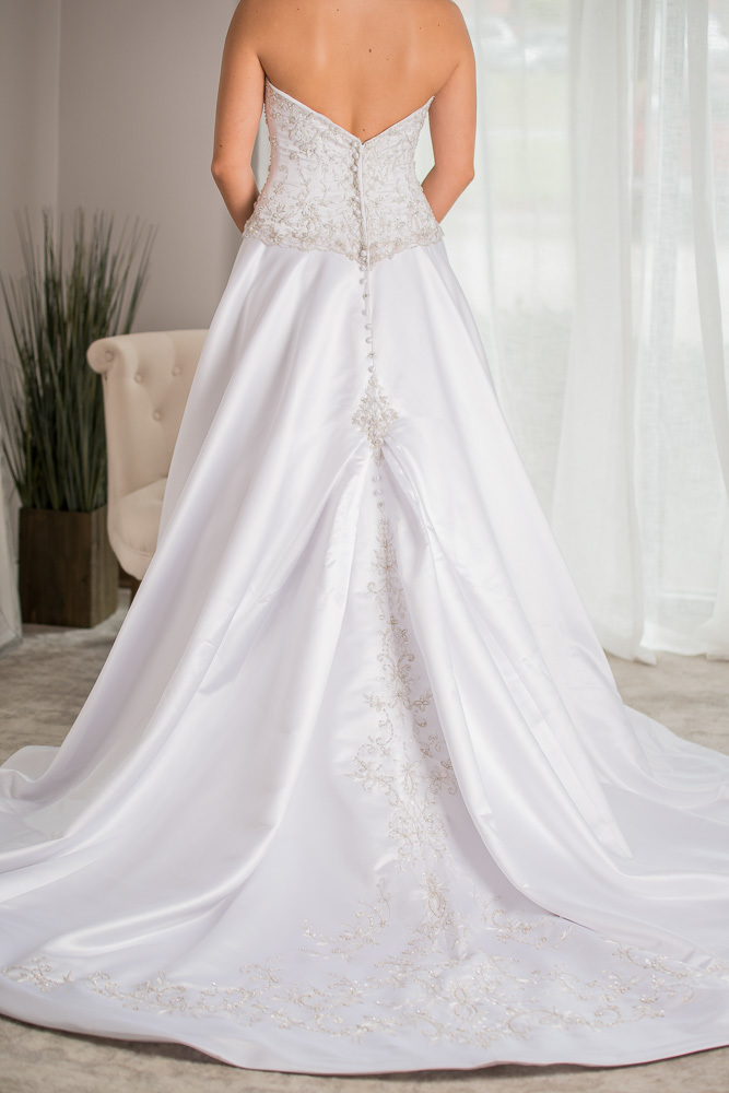 Allure bridals size  - $732 - (57% OFF)