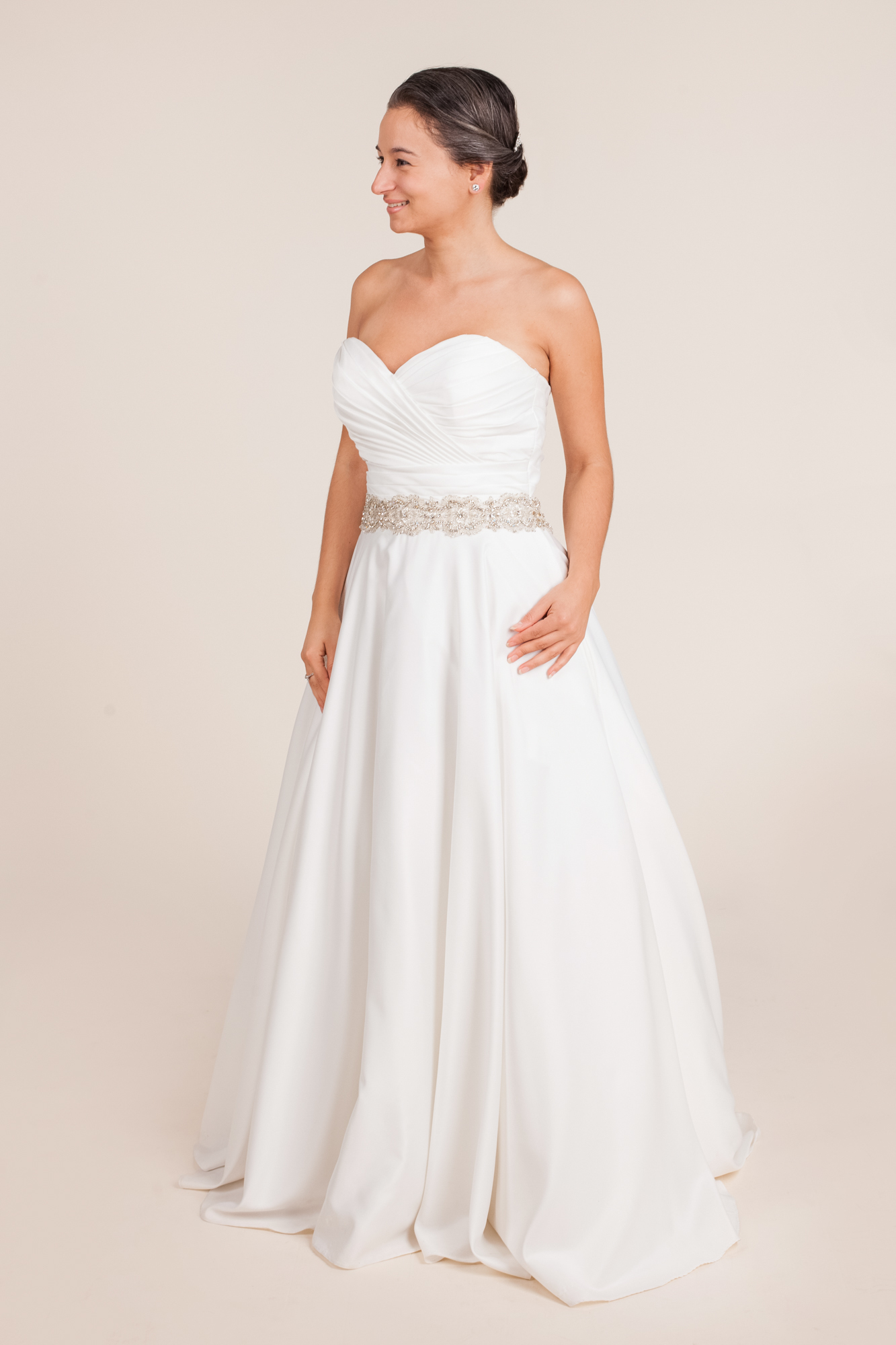 Allure bridals - Unsure size 10 - $300 - (75% OFF)