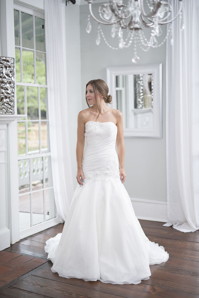 Allure bridals size 8 - $592 - (28% OFF)