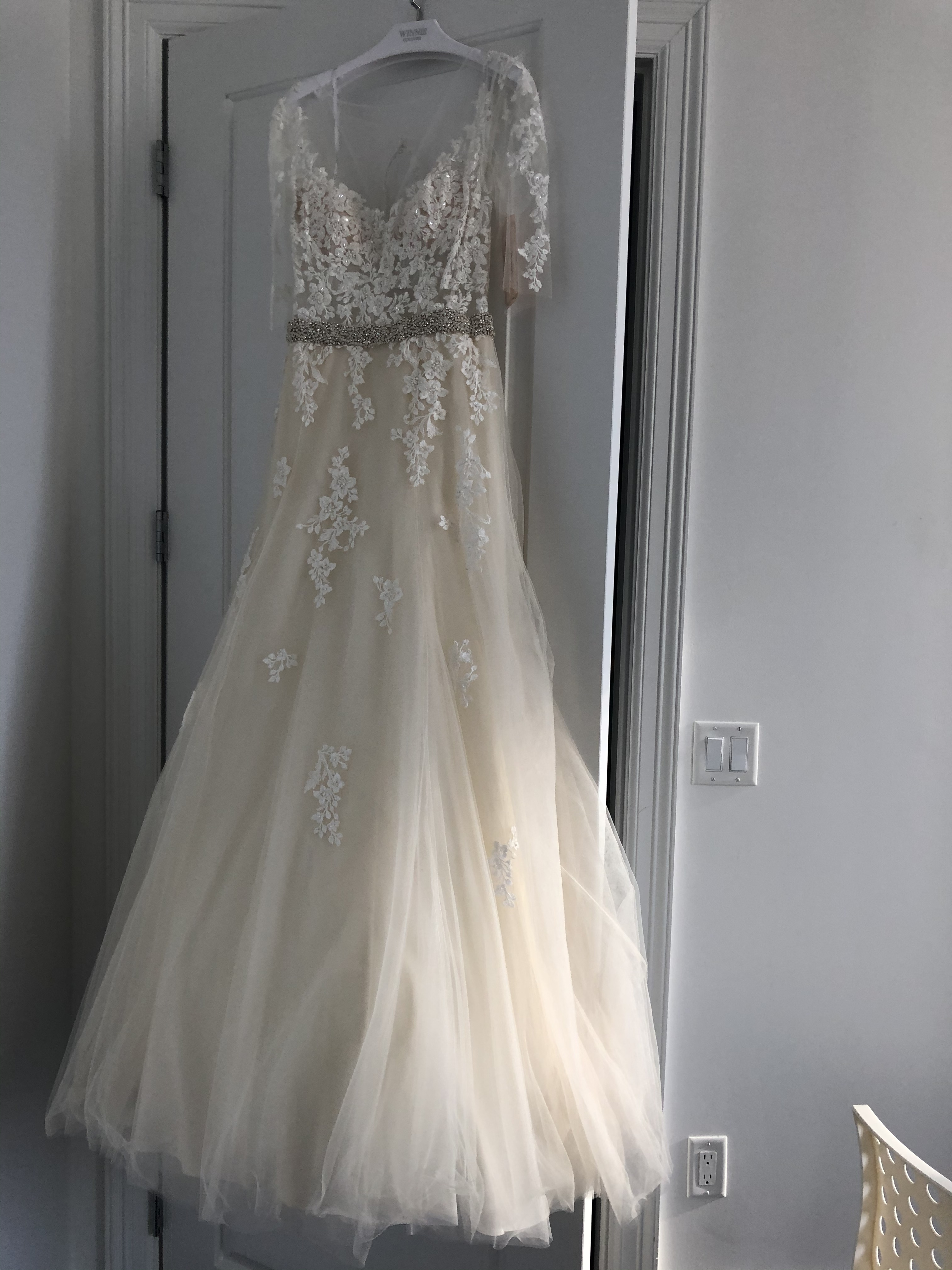 Winnie couture - No info size  - $3800 - (5% OFF)
