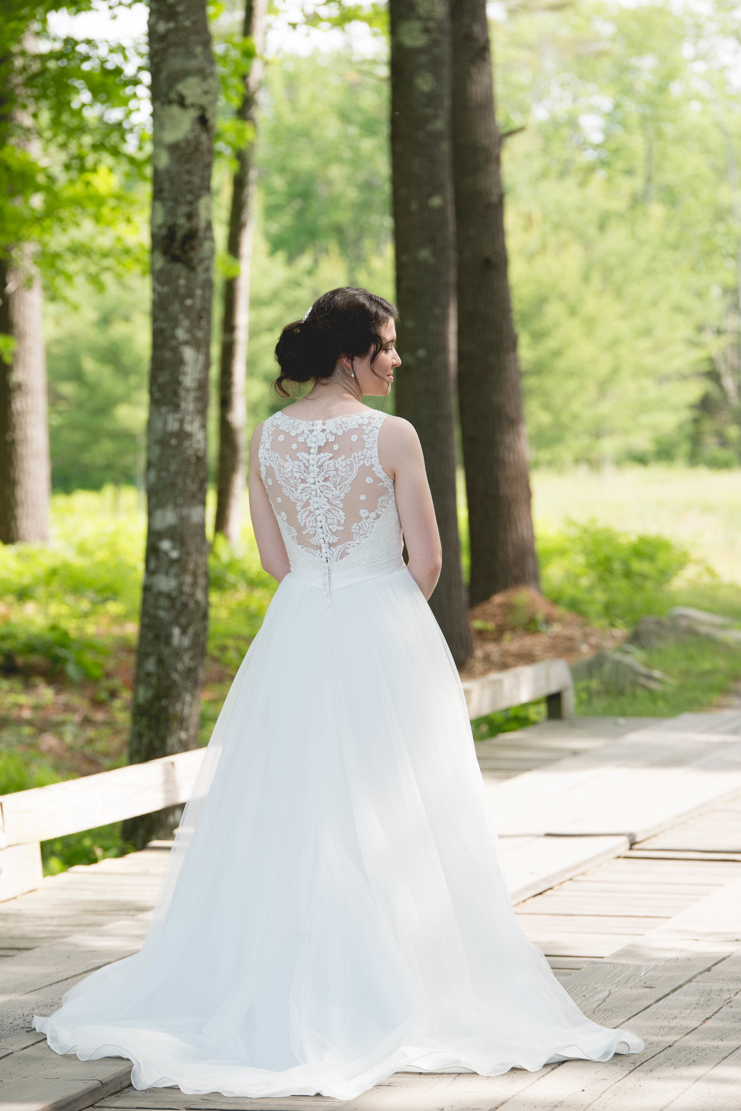 Allure bridals - 271612 size 6 - $550 - (37% OFF)