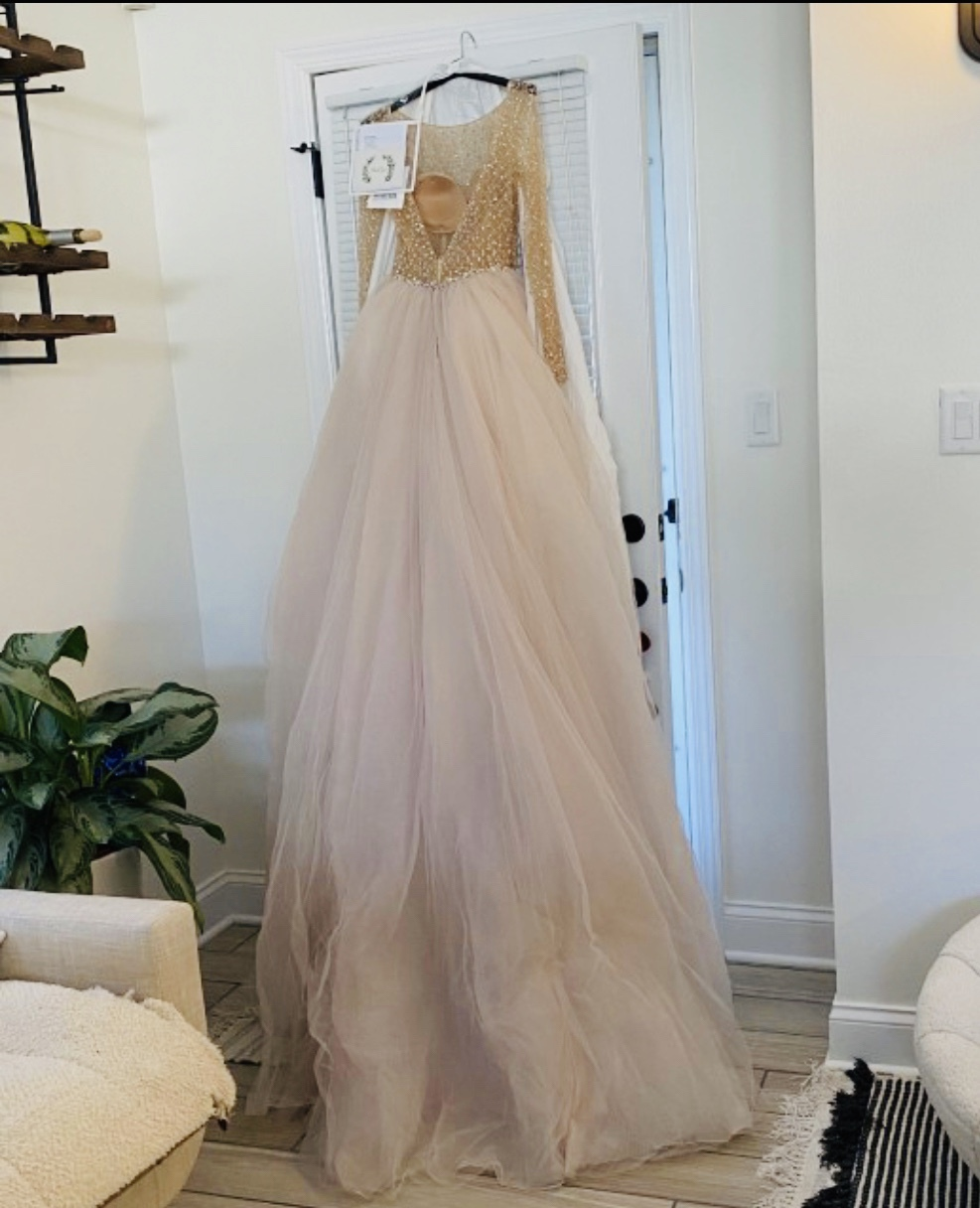 Maggie sottero - Fitzgerald  size 6 - $3500 - (13% OFF)