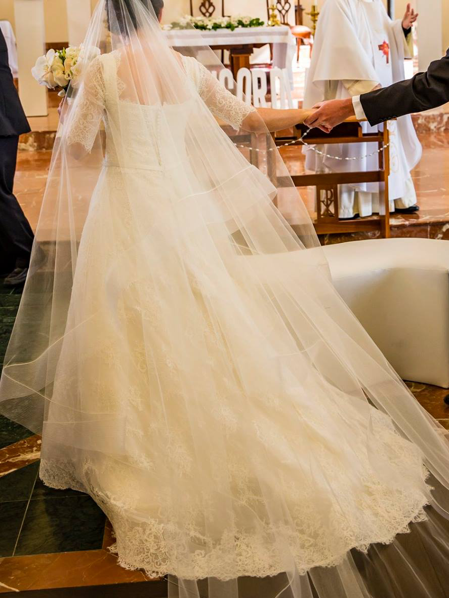 Harry Robles - A-line wedding dress silk/ silk organza with Alençon lace size 4 - $2000 - (50% OFF)