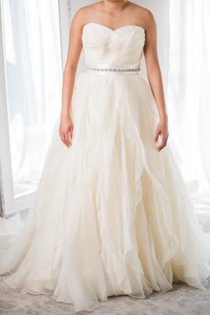 Wedding rental dresses lz bridal designer wedding dress rental vera rent their wedding dresses japan borrowing magnolia junglespirit Images