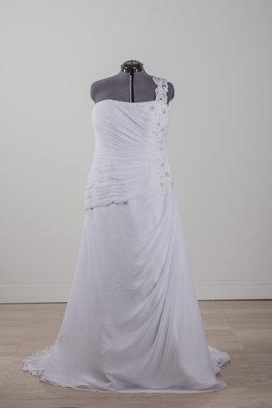 Borrowing magnolia dress edits 2 1036435 0001