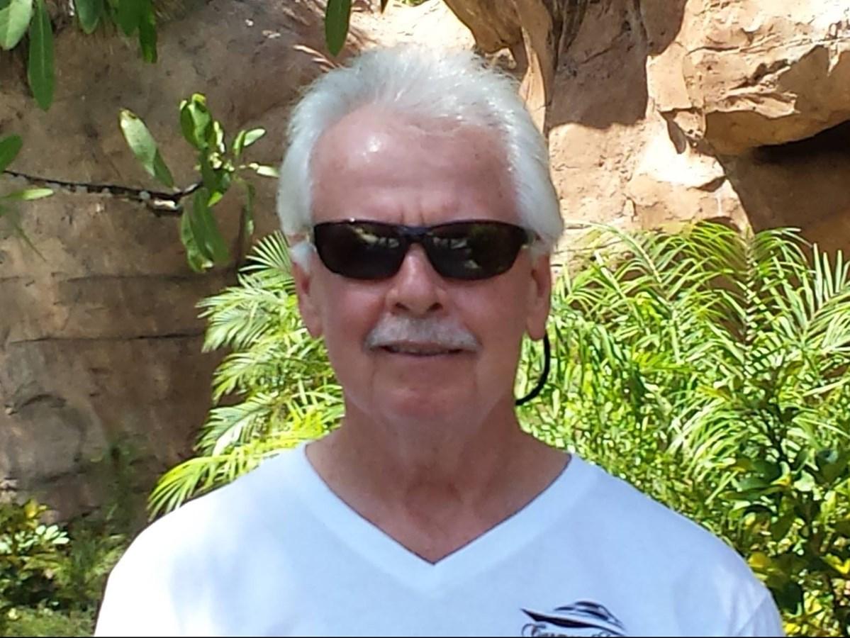 Peter Kehoe Photo 2444 Side