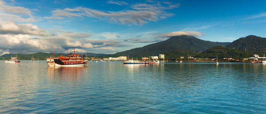 Luxury Yacht Charter Langkawi Bay Boats