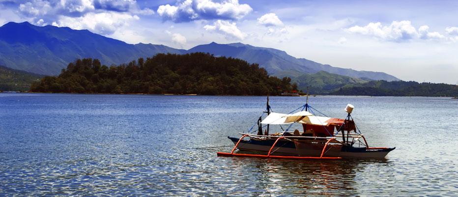 Luxury Yacht Charter Subic Bay