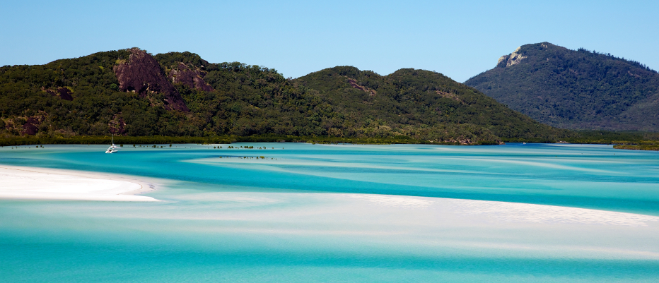 Luxury Yacht Charter Whitehaven Beach View