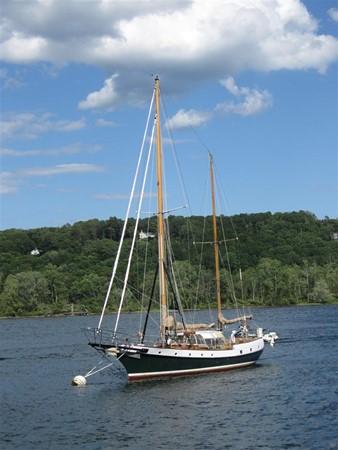 On Mooring 1959 SPARKMAN & STEPHENS Original Irving Johnson YANKEE Cruising Ketch 147972