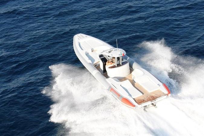2018 Pirelli PZero 1400 Yacht Edition Tender 147975