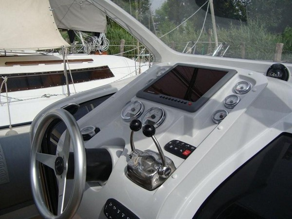 2018 Pirelli PZero 1400 Yacht Edition Tender 147979