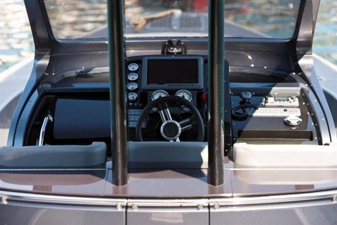 2018 Pirelli PZero 1400 Yacht Edition Tender 147982