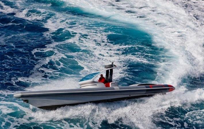 2018 Pirelli PZero 1400 Yacht Edition Tender 147988