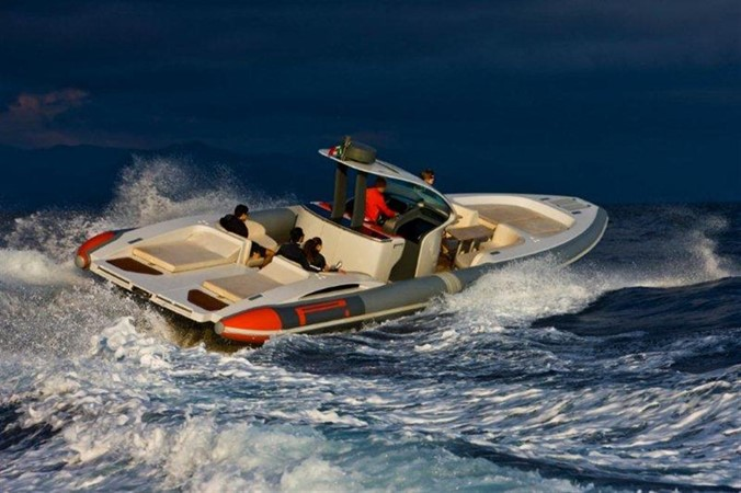 2018 Pirelli PZero 1400 Yacht Edition Tender 147990