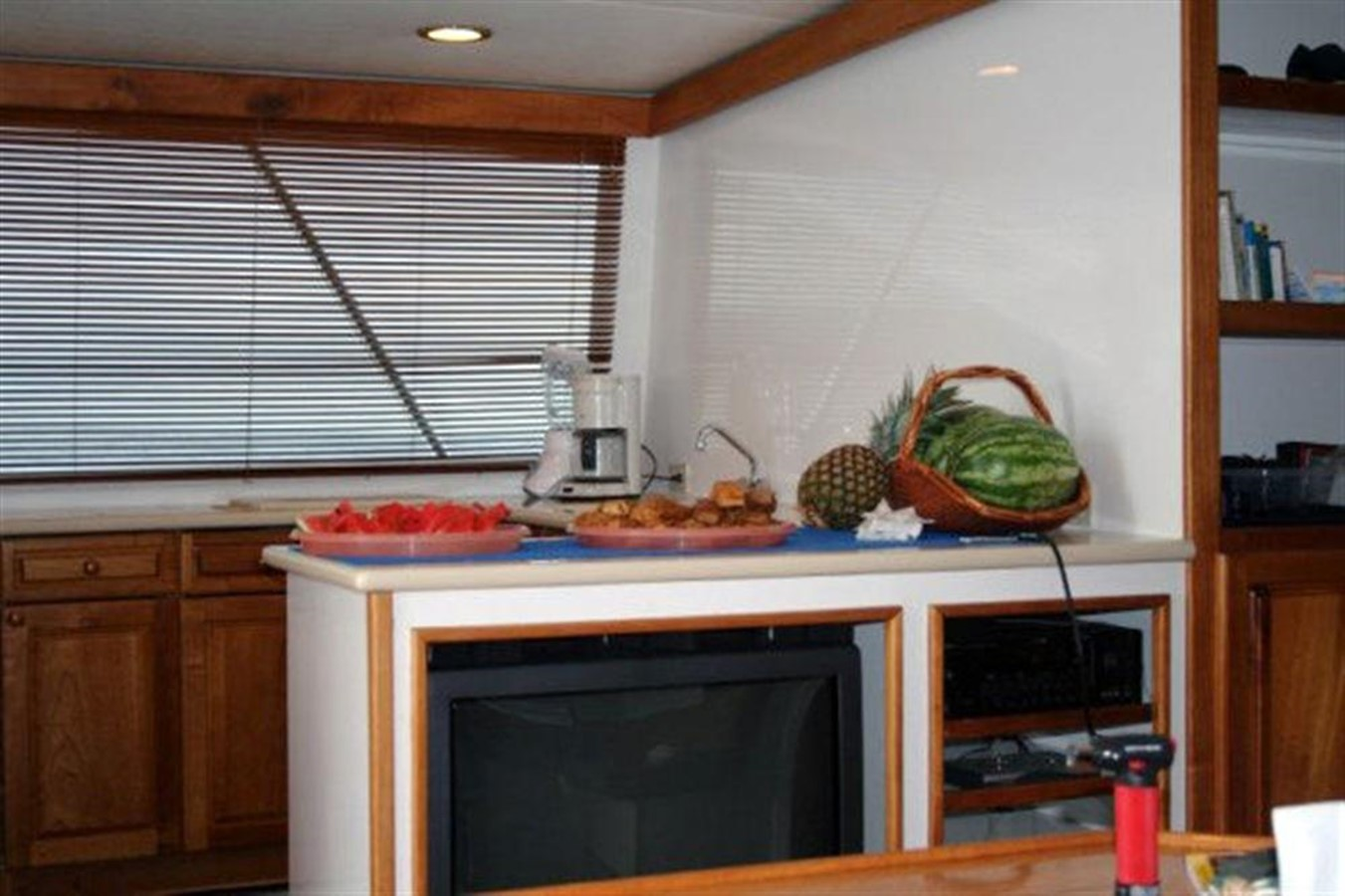 GALLEY 1998 CUSTOM Mick Jarrod PowerCat Sportfisher/Dive Boat Catamaran 156657