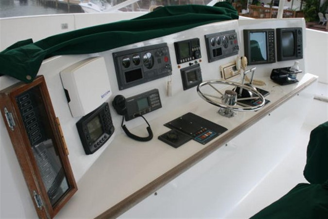 ELECTRONICS 1998 CUSTOM Mick Jarrod PowerCat Sportfisher/Dive Boat Catamaran 156654