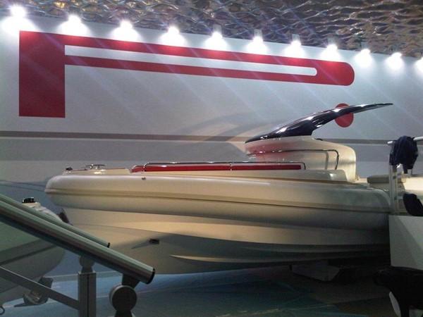 PZero 110 - Genoa Boat Show 2018 Pirelli PZERO 1100 CABIN Runabout 157420