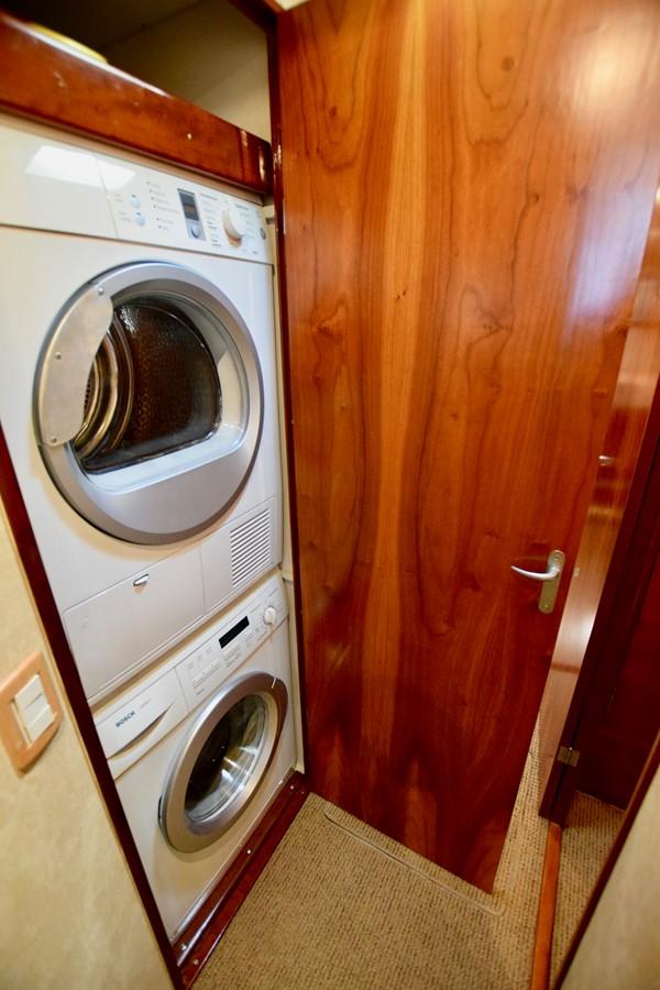 Washer/Dryer 1999 TRIBUTE  Sport Fisherman 2497421