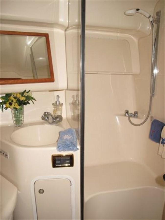 2001 SEA RAY 400 Sedan Bridge **FRESH WATER** Motor Yacht 192200