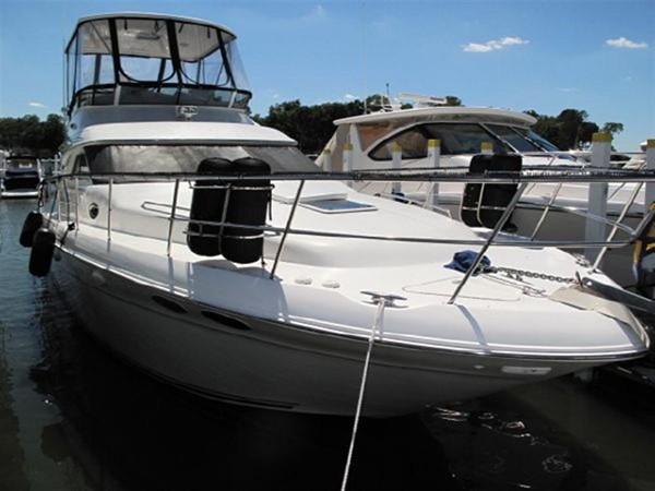 2001 SEA RAY 400 Sedan Bridge **FRESH WATER** Motor Yacht 192189