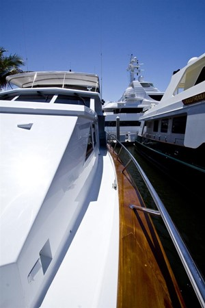 1989 BROWARD Motor Yacht Motor Yacht 236262