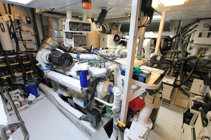 1989 BROWARD Motor Yacht Motor Yacht 236334