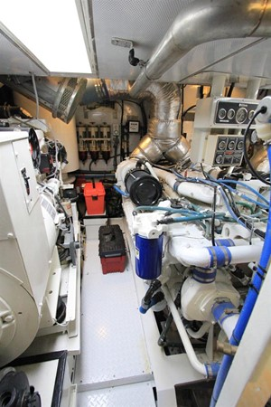 1989 BROWARD Motor Yacht Motor Yacht 236336