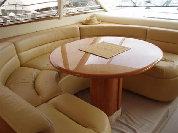 2003 VIKING Sport Cruiser Motor Yacht 241233