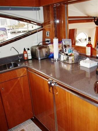 2003 VIKING Sport Cruiser Motor Yacht 241236