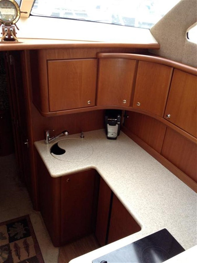 Galley 2005 SILVERTON Convertible  **LOW HOURS** Motor Yacht 298513