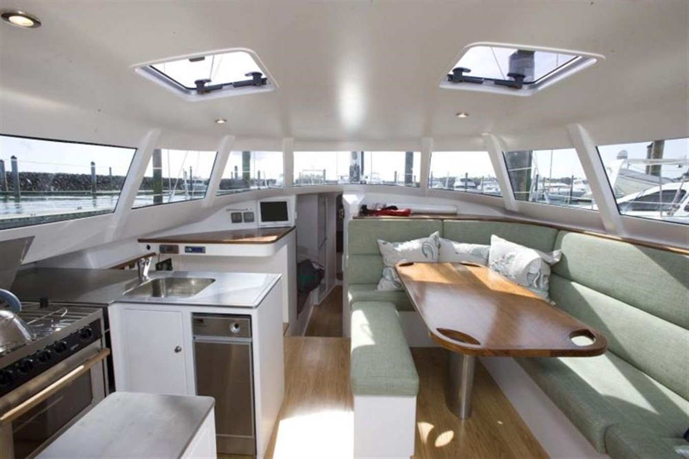 2009 HARBOUR YACHTS  Cruising Sailboat 301327