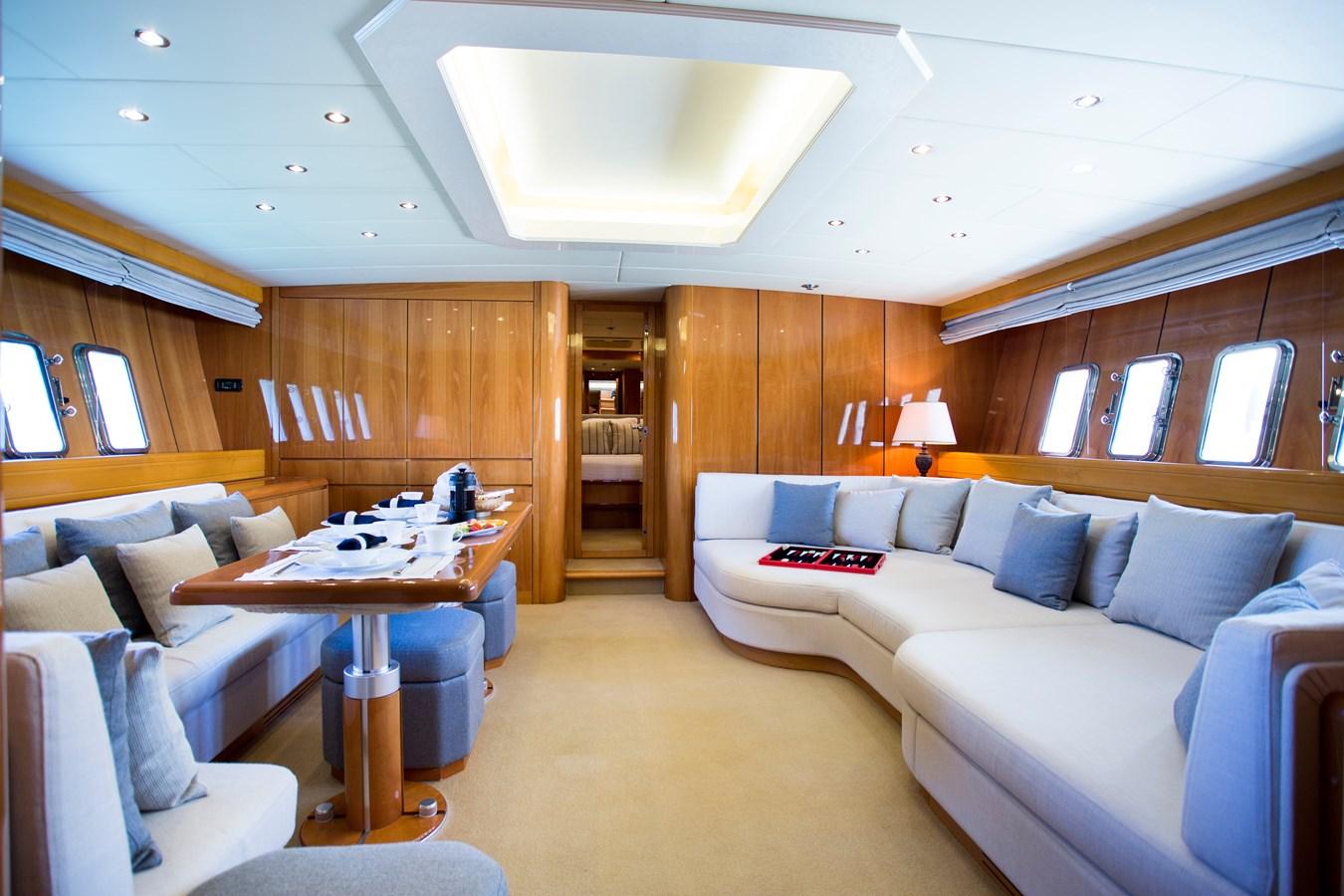 img_0019 2000 OVERMARINE GROUP  Motor Yacht 2880039