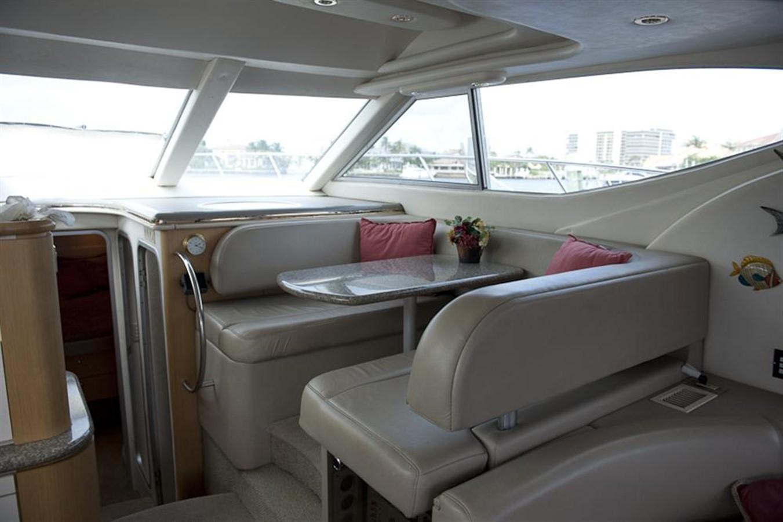 Dinette 1998 MAXUM 4600 SCB Motor Yacht 302757