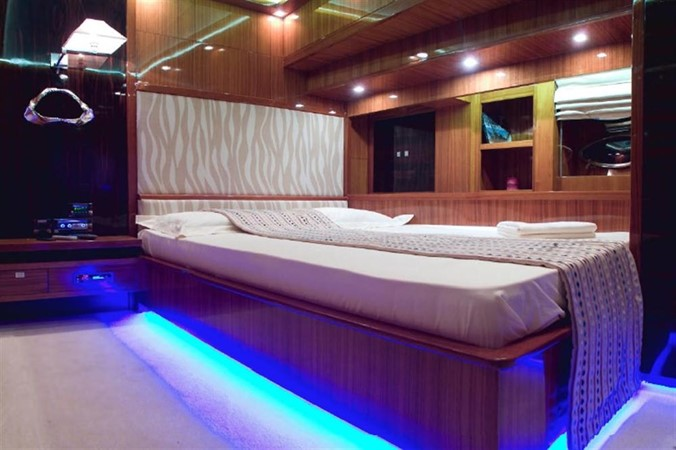 Guest double 2008 Noble Yachts 32SY Cruising Sailboat 416330
