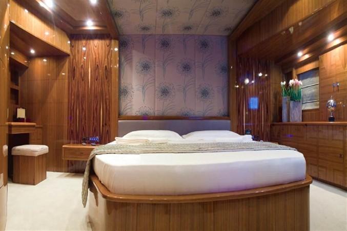 VIP cabin 2008 Noble Yachts 32SY Cruising Sailboat 416332