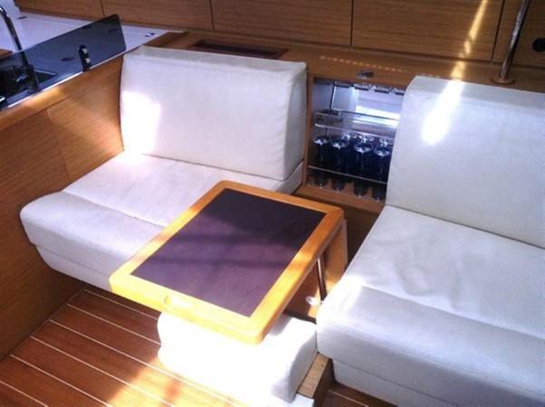 2010 JEANNEAU 53 Motorsailor 424038