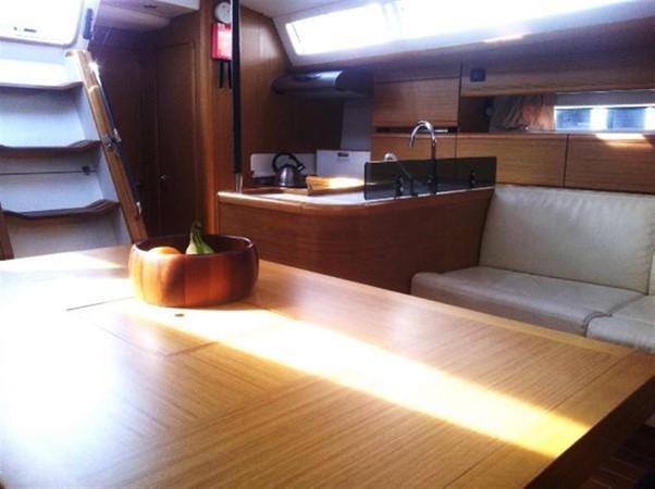 2010 JEANNEAU 53 Motorsailor 424058