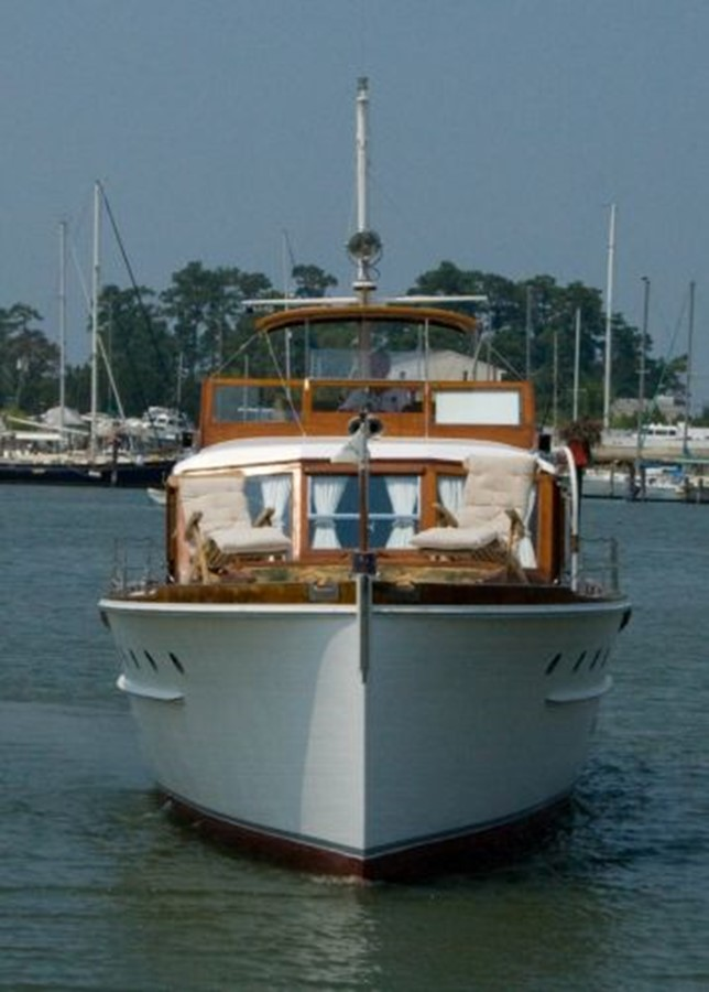 53' Elco - Bow Profile - 53 ELCO MARINE For Sale