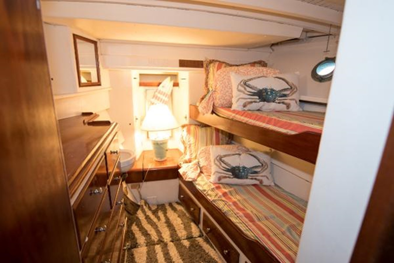 53' Elco - Bunk Room - 53 ELCO MARINE For Sale