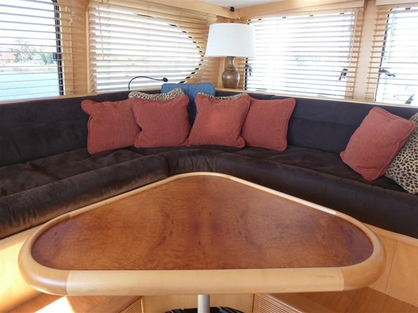 Skylounge raised seating 2008 CATMAN CATS Power Cat with enclosed pilot house Catamaran 648880