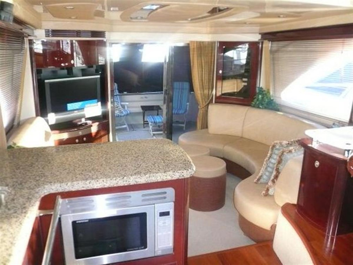 2007 SEA RAY 58 Sedan Bridge Motor Yacht 660641