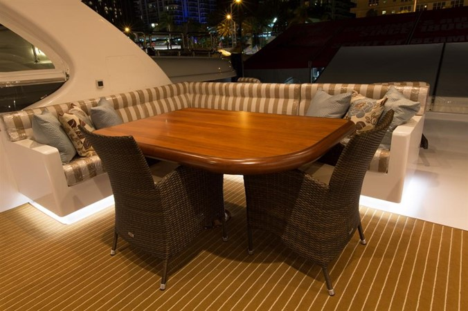 Flybridge Table 2013 HORIZON HORIZON PC60 Catamaran 665160