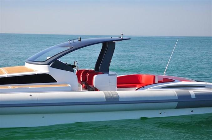 2018 Pirelli PZero 1400 Cabin Tender 682001