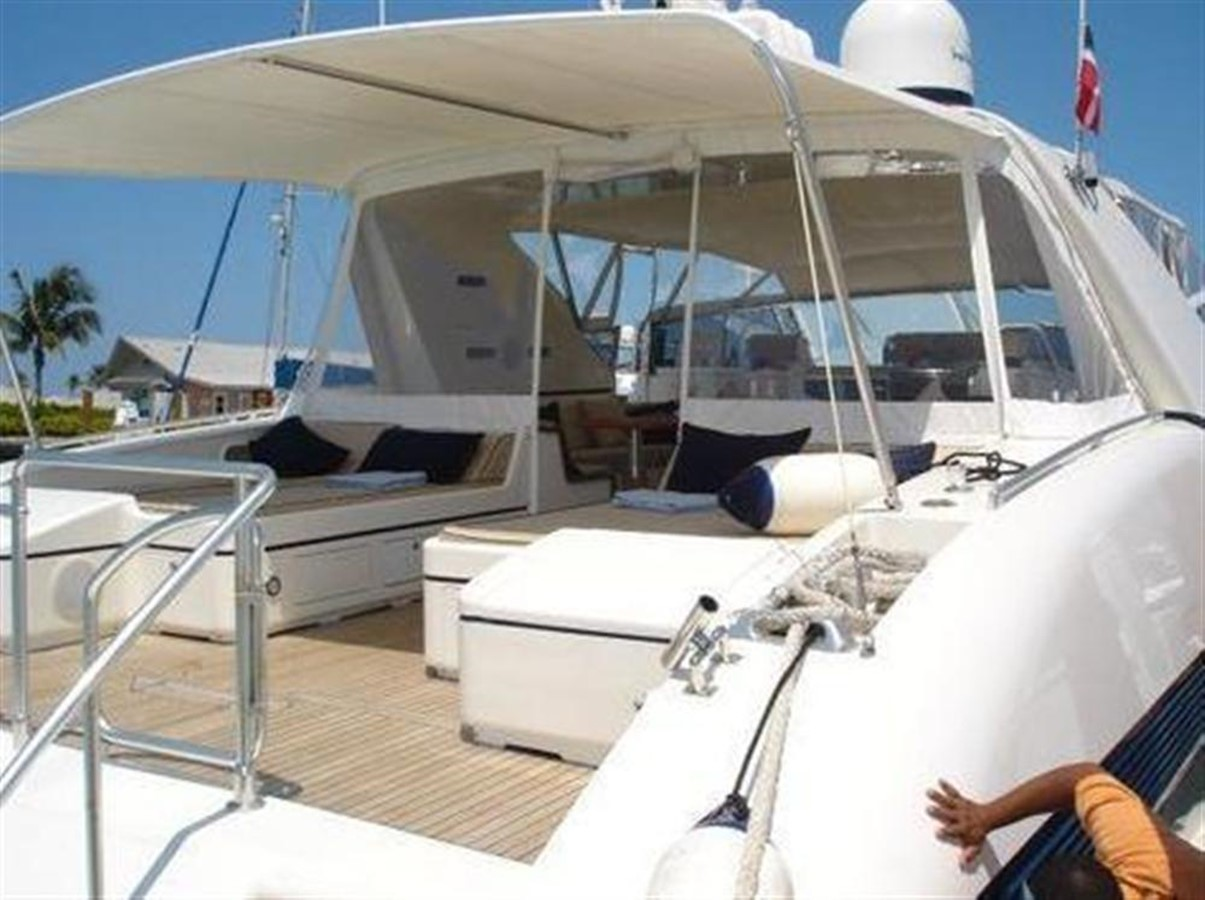 Aft Deck 1 2002 OVERMARINE GROUP MANGUSTA Cruiser 729814