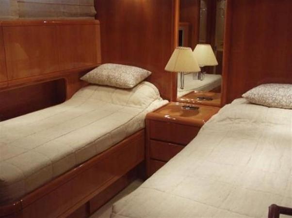 Guest Stateroom 2002 OVERMARINE - MANGUSTA MANGUSTA Cruiser 729819