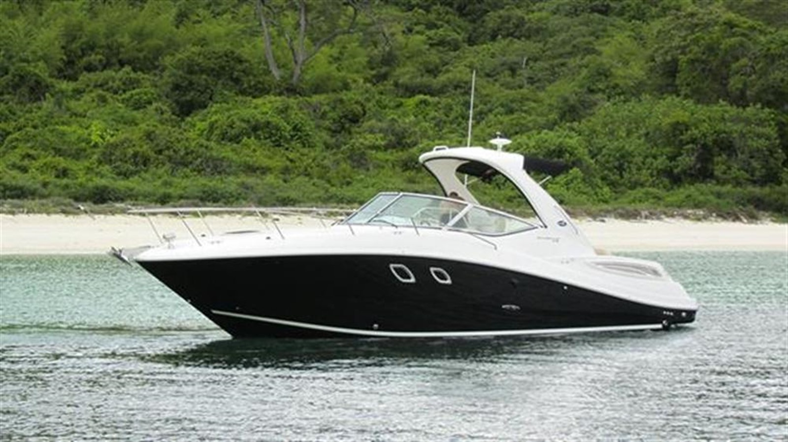 2013 SEA RAY Sea Ray 330 Sundancer Motor Yacht 775911