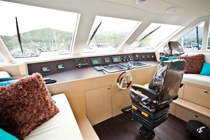 1982 CUSTOM Raymond Hunt 85ft Mega Yacht 837012