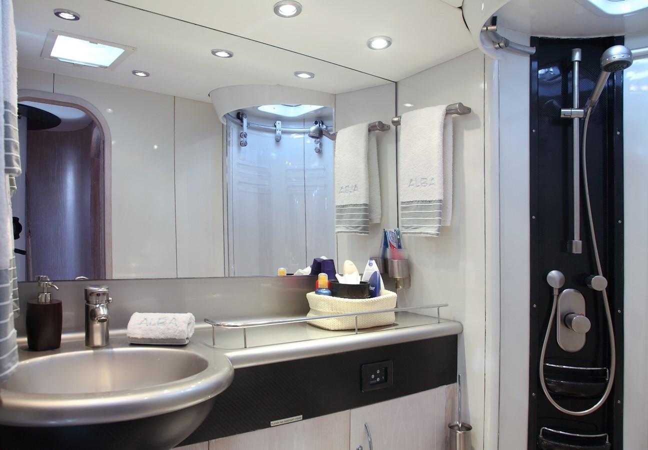 Owner bathroom 2000 GREEN MARINE, U.K. Super Maxi Fast Cruiser Cruising Sailboat 874046