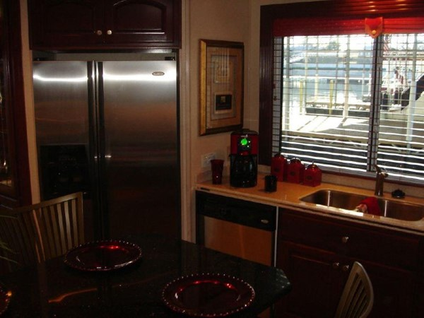 2006 FANTASY YACHTS 100 Wide Body Houseboat 894828